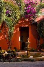 villa_merida_the_fountain_courtyard_detail.jpg